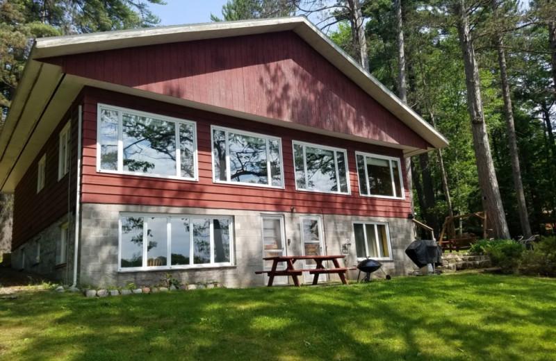 Rental exterior at Lakeland Rental Management.