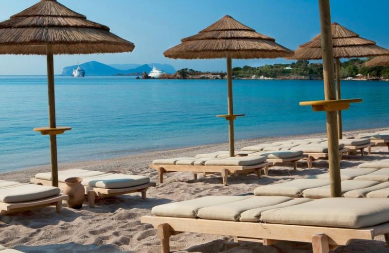 The beach at Hotel Romazzino.