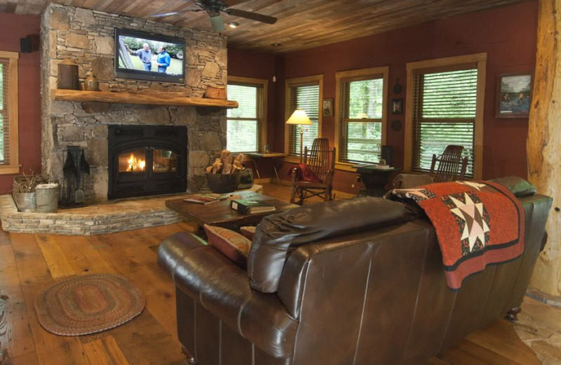 Living Room at Nantahala River Lodge.