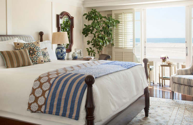 Guest room at Shutters on the Beach.