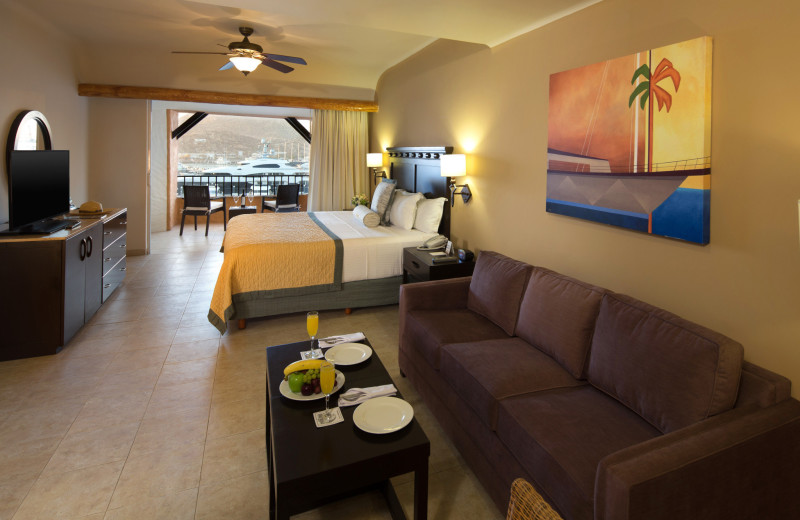 Guest room at Tesoro Los Cabos.