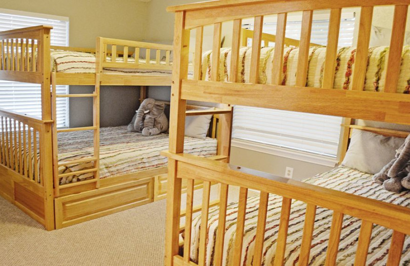 Bunk beds at Splash Time Vacation Home.