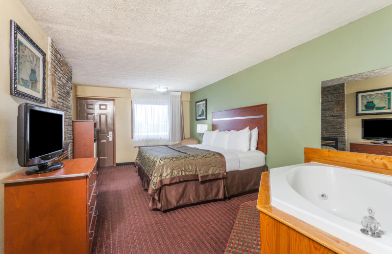 Guest room at Baymont by Wyndham Pigeon Forge.