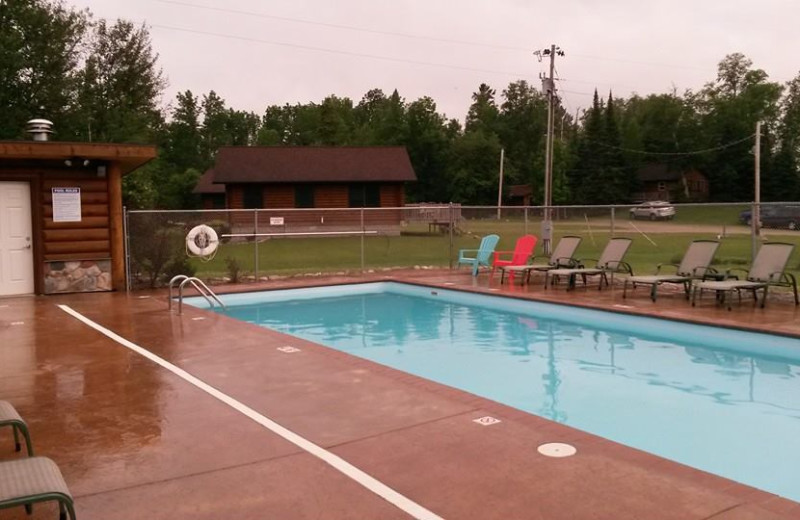 Outdoor pool at Aspen Resort and Campground.