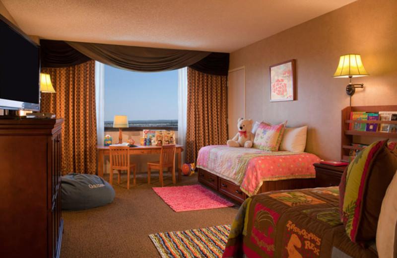 Kid Suite room at Omni Austin Southpark.