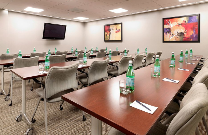 Meeting room at Chicago River Hotel.