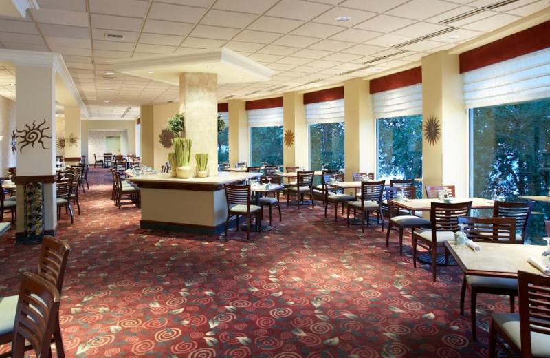 Sunroom dining room at Heidel House Resort.
