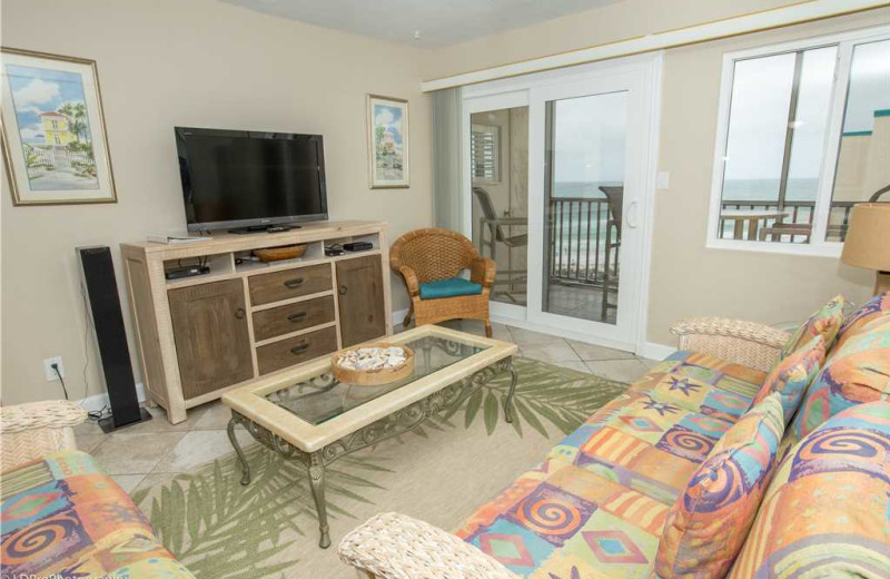 Living room at Holiday Isle Properties - Holiday Surf & Racquet 614.