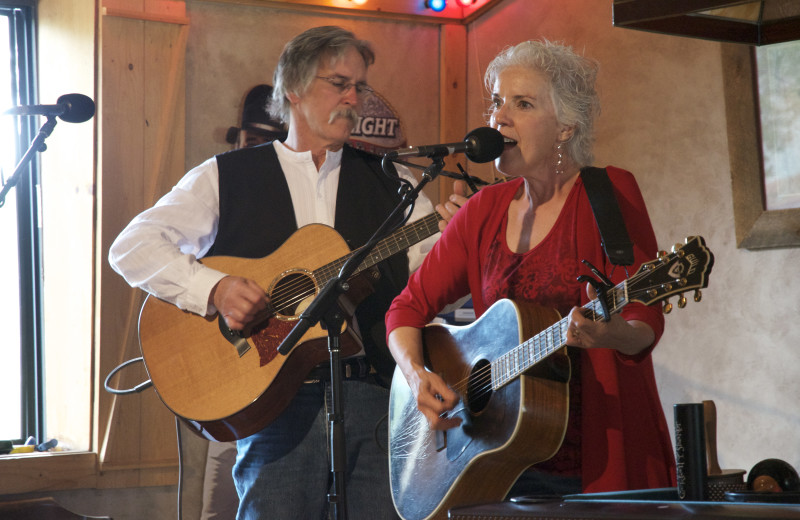 Live music at Vee Bar Guest Ranch.
