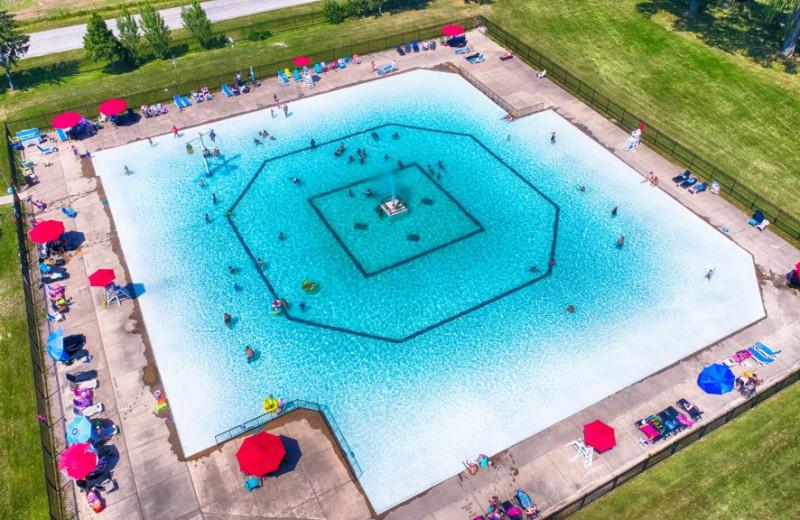 Pool at Great Blue Resorts- Vine Ridge Resort.