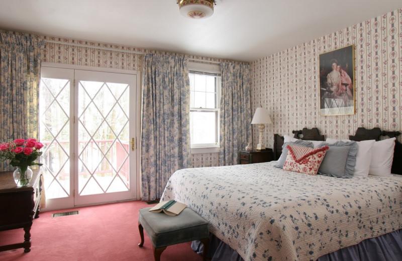 Williams Suite bedroom at Rookwood Inn.