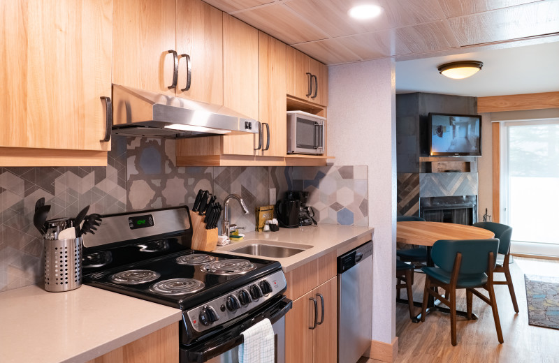 Guest kitchen at Tunnel Mountain Resort