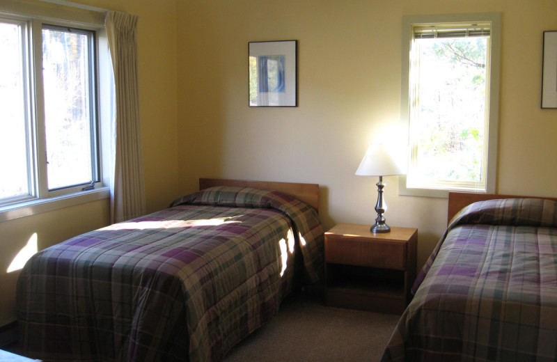 Guest bedroom at Cathedral Ledge Resort.