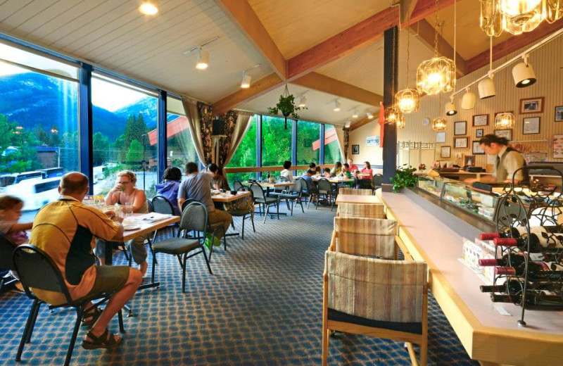 Dining at Inns of Banff.