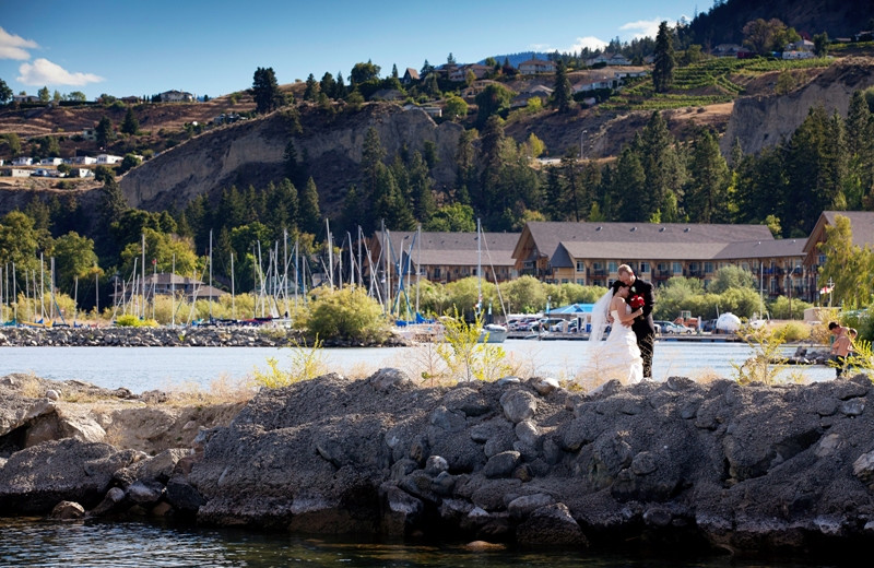 Wedding couple at Summerland Waterfront Resort.