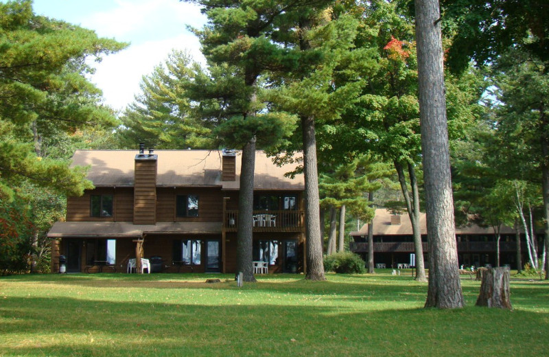 Exterior view of Gull Four Seasons Resort.