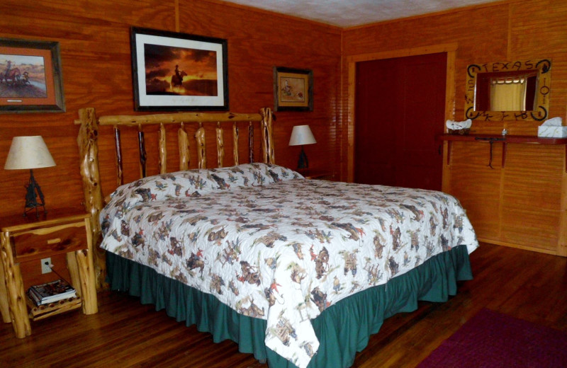 Guest room at Twin Elm Ranch.