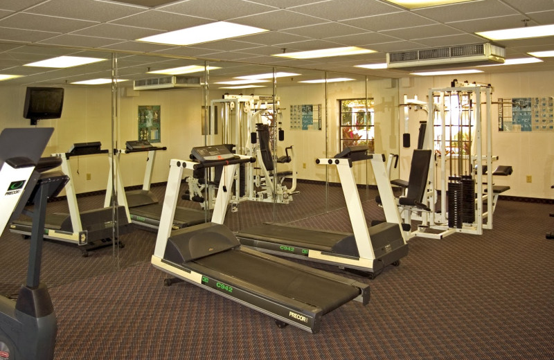 Fitness room at Maingate Lakeside Resort.