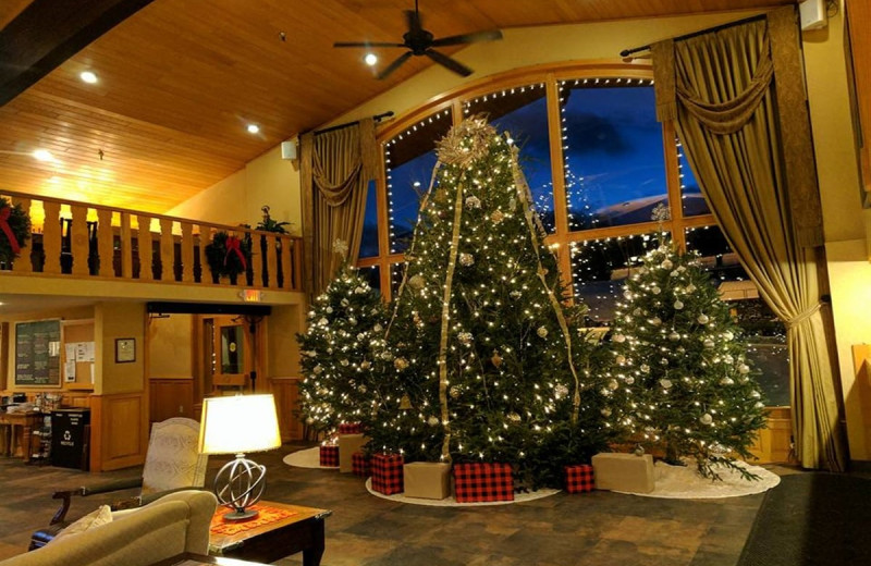 Lobby during Christmas at Golden Arrow Lakeside Resort.