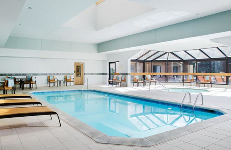 Indoor pool at Courtyard by Marriott Kansas City South.