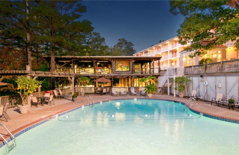 Pool at Best Western Inn of the Ozarks.