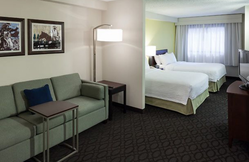 Guest room at SpringHill Suites Dallas Downtown/West End.
