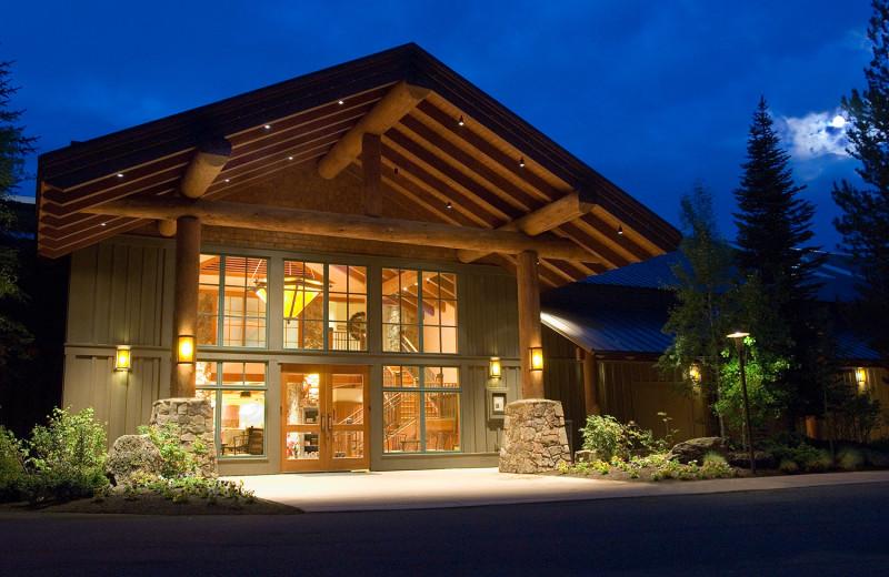 Sage Springs Club & Spa Entrance