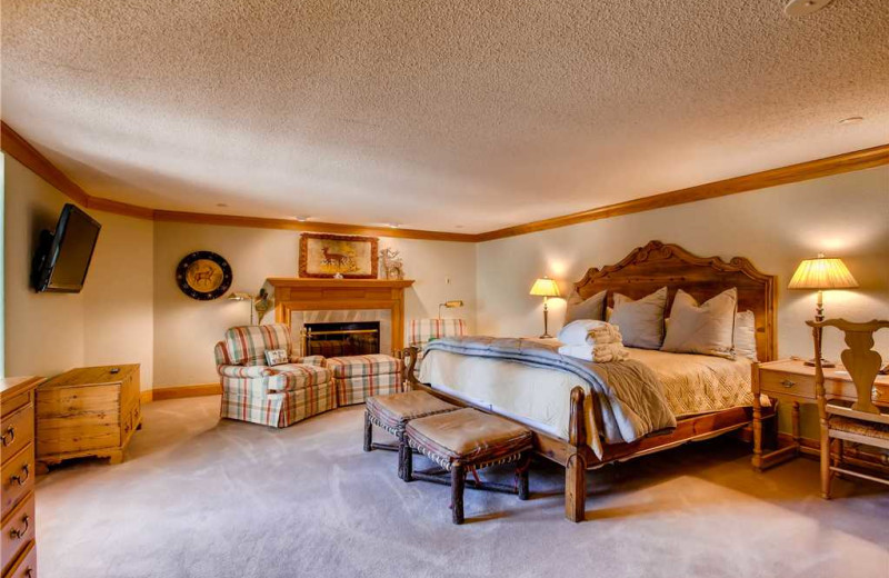 Rental bedroom at The Charter at Beaver Creek.
