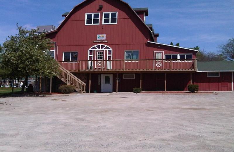 Bar and Restaurant at River Bend RV Resort