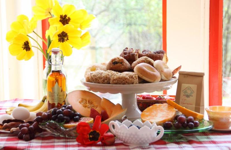 Breakfast at Barnard House Bed & Breakfast.