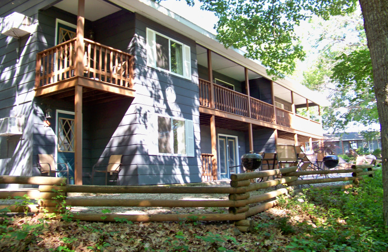 Timber Ridge apartments at Tribesman Resort.