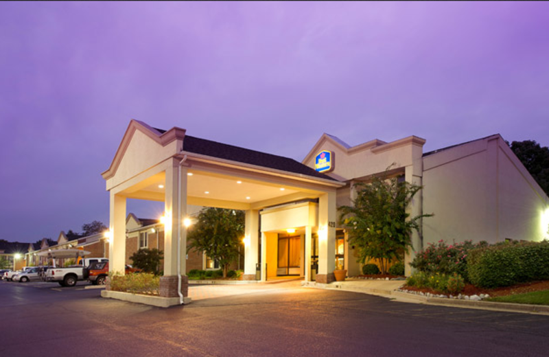 Entrance to Best Western Historic Frederick