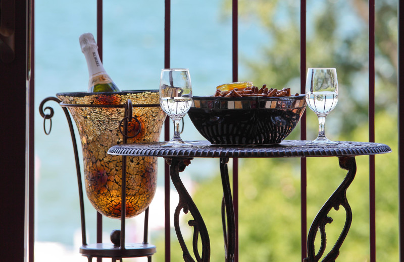 Guest balcony at Harbor Shores on Lake Geneva.