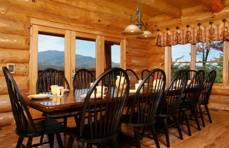 Rental dining room at Jackson Mountain Homes.