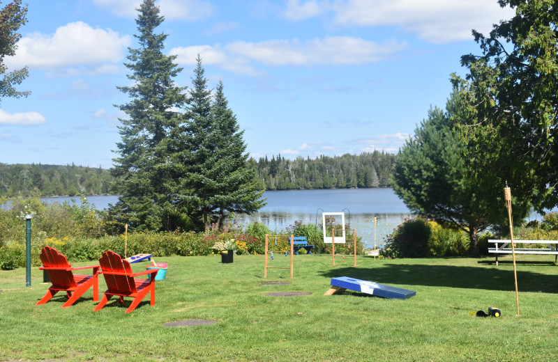 Outdoor games at Quimby Country Lodge & Cottages.