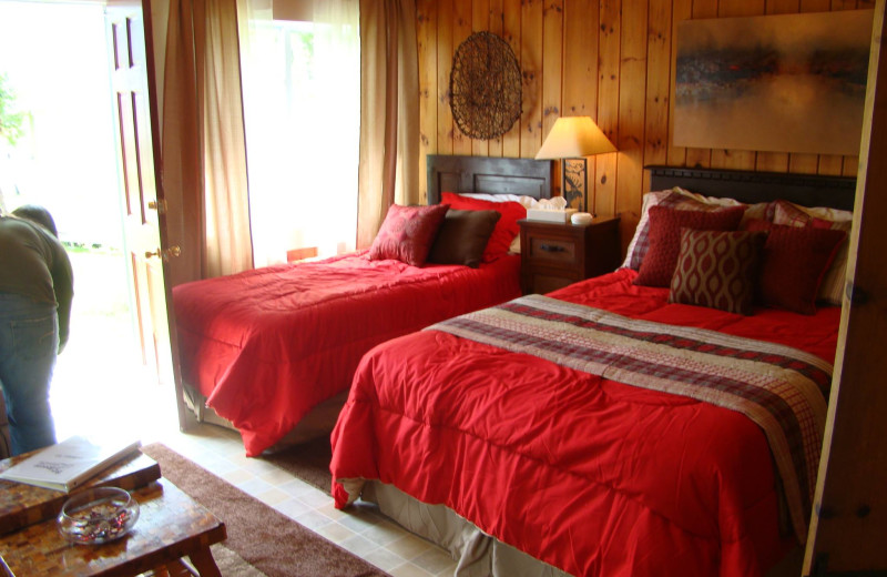 Cottage bedroom at Bay Leaf Cottages & Bistro.