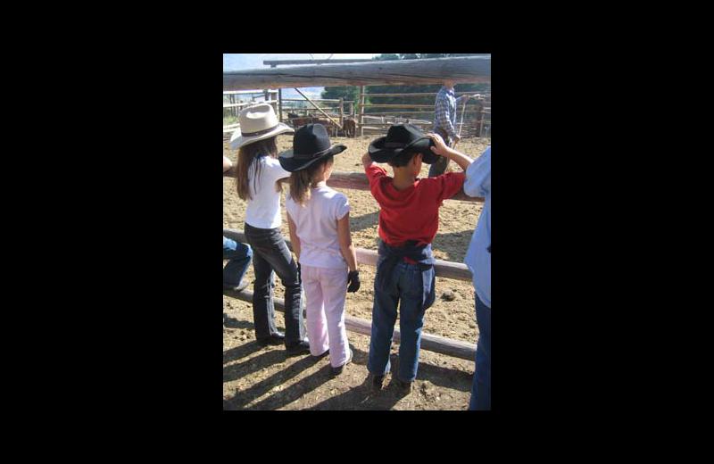 Family at Rimrock Dude Ranch.