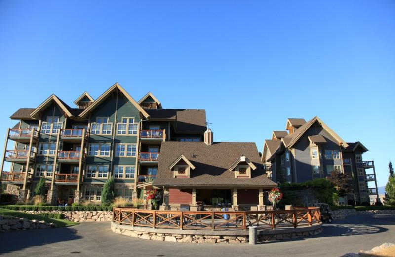 Exterior view of Predator Ridge Resort.