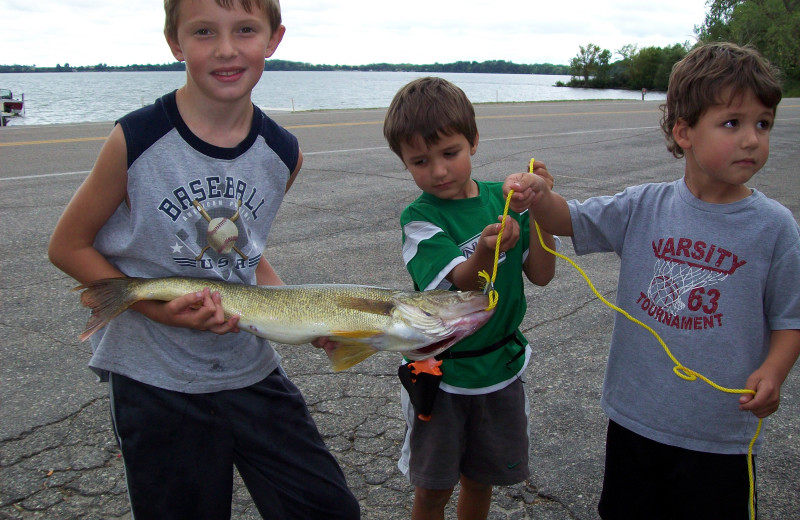 Fishing at Ten Mile Lake Resort -Otter Tail Country Lakes Tourism.