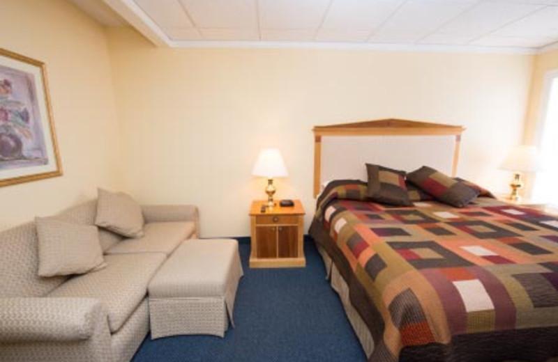 Guest Bedrooms at Adventure Inn