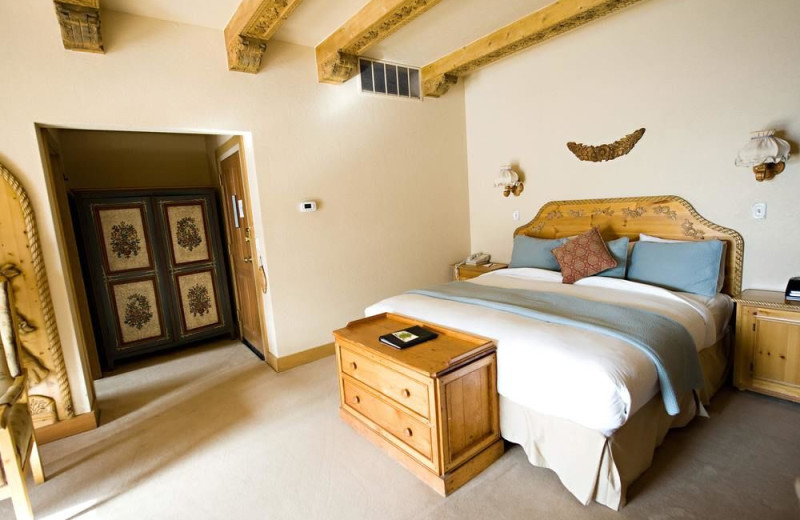 Guest room at Alpenhof Lodge.