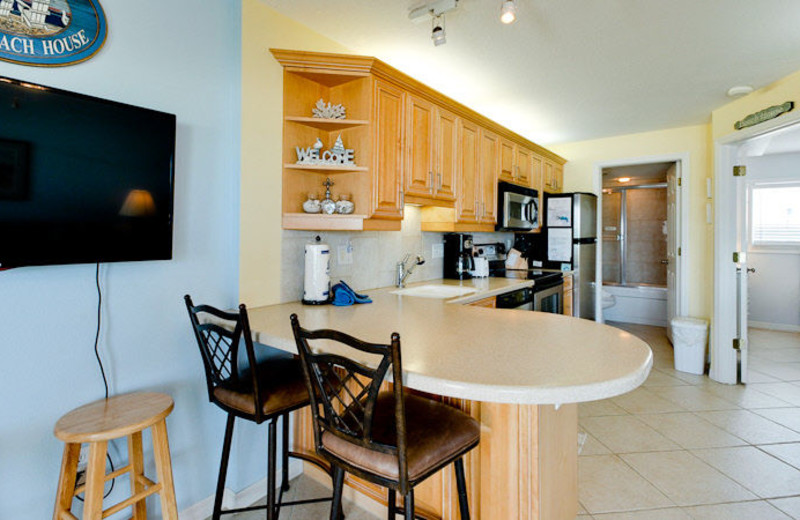 Rental kitchen at Island Real Estate.