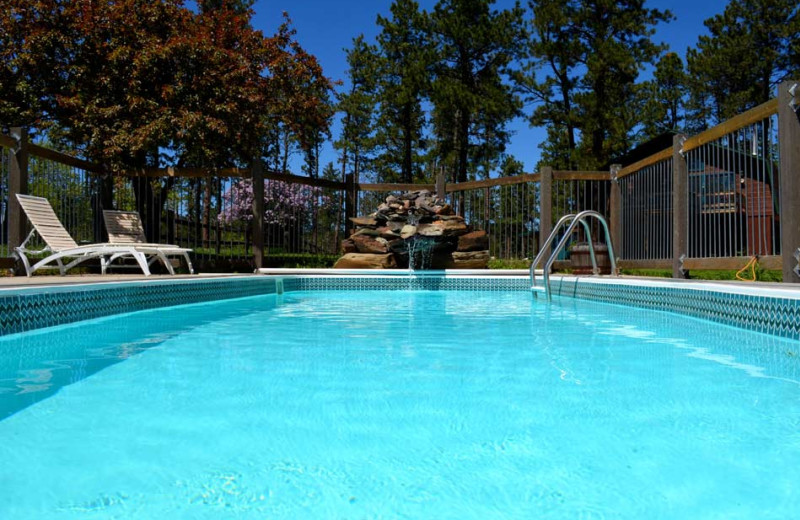Outdoor pool at Silver Mountain Resort and Cabins, 3ft to 5ft