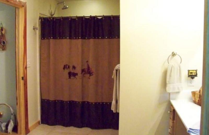 Western Room Bathroom at Cedar Springs Country Inn