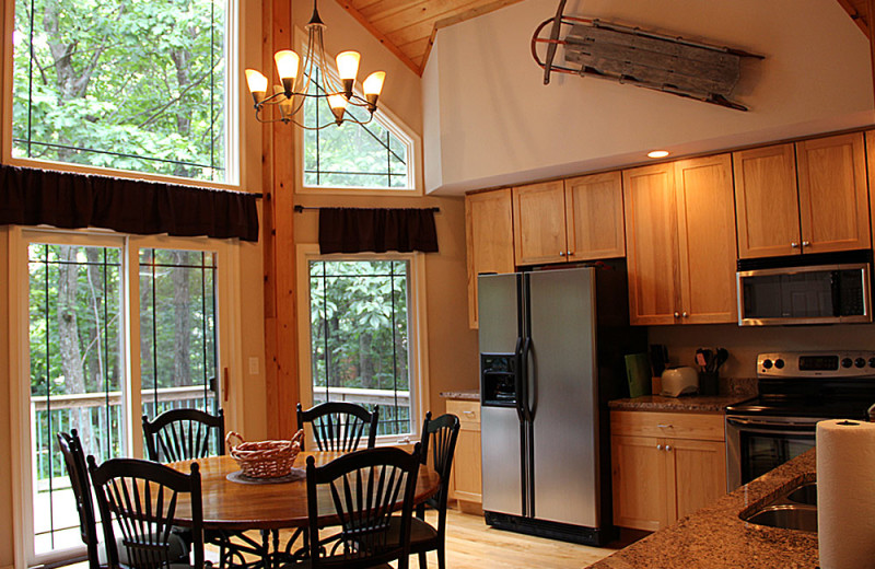 Guest house kitchen at Wintergreen Resort.