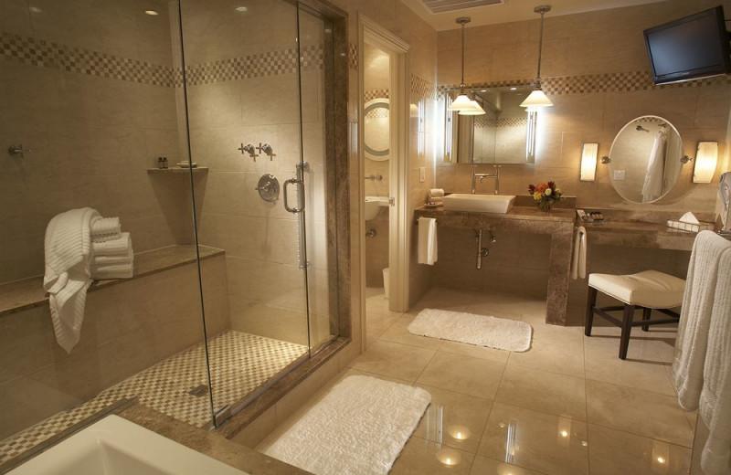 Suite bathroom at Cincinnatian Hotel.