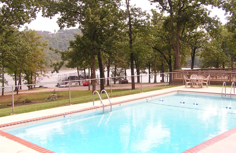 Mill Creek Resort on Table Rock Lake Outdoor Pool