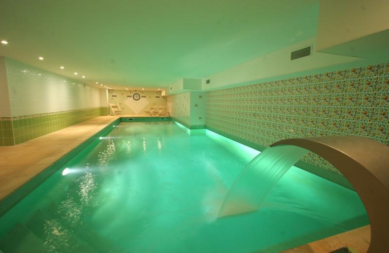Indoor pool at Moulin de Daverdisse.