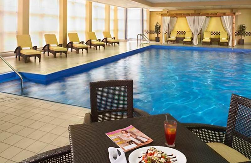 Indoor pool at Detroit Marriott Troy.