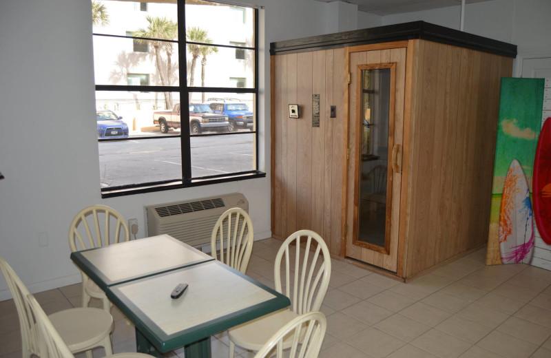 Sauna at Fountain Beach Resort.